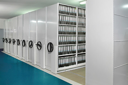 The Main Benefits of Mobile Shelving and personal lockers